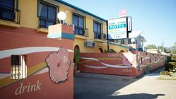 Cedar Lodge Motel Townsville