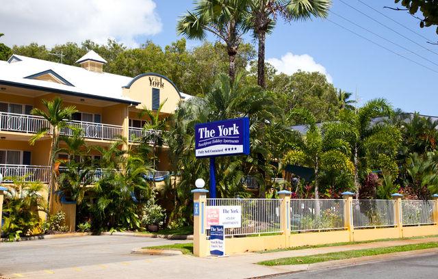 The York Beachfront Holiday Apartments Yorkeys Knob Jetstar Hotels Australia