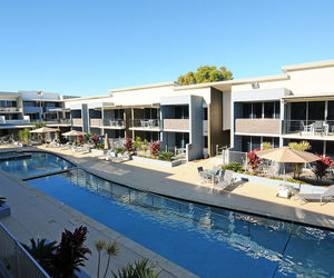 Ramada Hervey Bay - Central Showcase pool