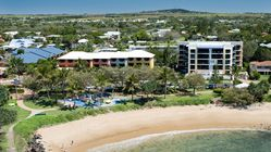 Kacys Bargara Beach Motel