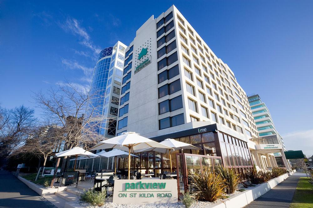Melbourne Parkview Hotel Qantas Hotels Australia